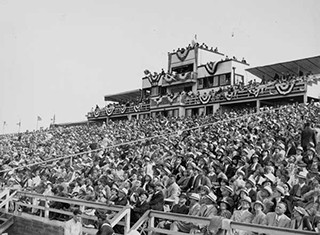 1935 Air Racing Crowd