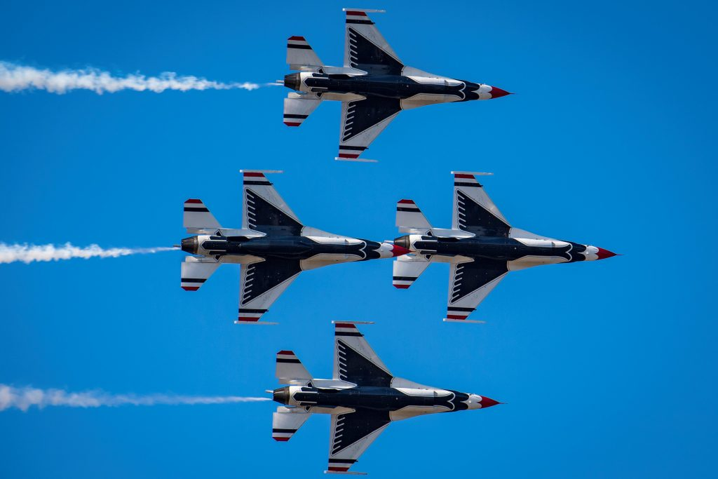 U.S. Air Force Thunderbirds Jet Demonsration Team