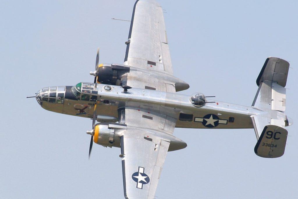 """WWII B-25D Mitchell Bomber """"Yankee Warrior"""""""